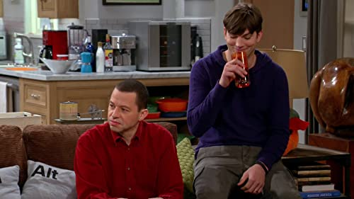 Two And A Half Men: Here I Come, Pants!