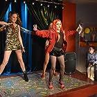María Castro, Ana Mena, and Daniel Avilés in Vive cantando (2013)