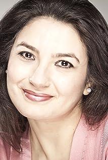 Zenobia Shroff Picture