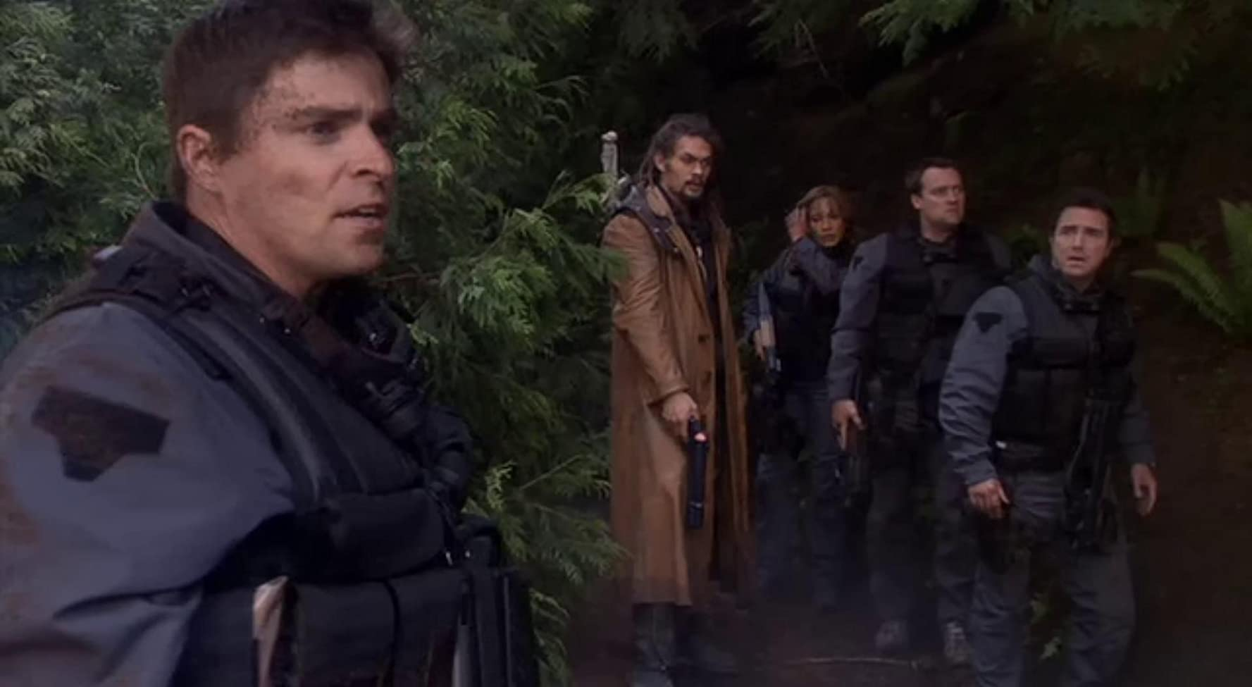 David Hewlett, Rachel Luttrell, Paul McGillion, Jason Momoa, and Kavan Smith in Stargate: Atlantis (2004)