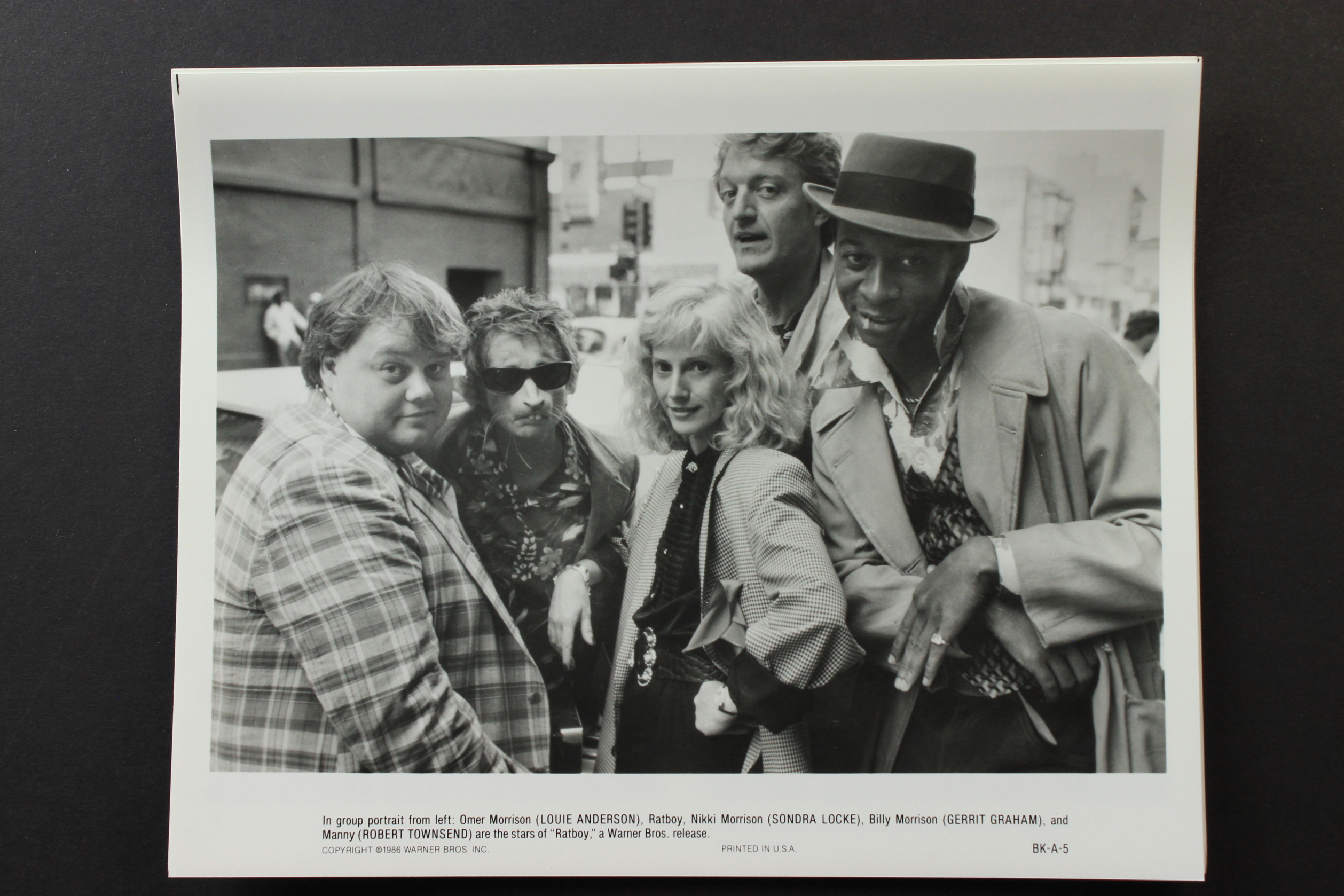 Louie Anderson, Sharon Baird, Gerrit Graham, Sondra Locke, and Robert Townsend in Ratboy (1986)