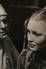 Warren Graves and Crystal Fleuty in Scrooge (1978)