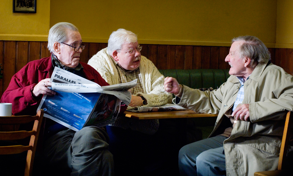Peter O'Toole, Richard Griffiths, and Leslie Phillips in Venus (2006)
