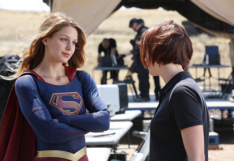 Chyler Leigh and Melissa Benoist in Supergirl (2015)