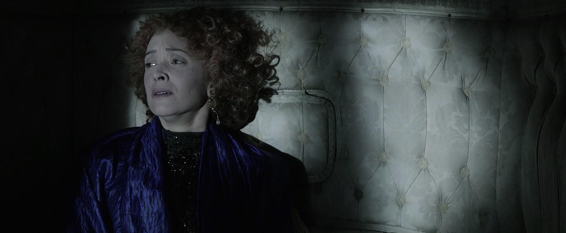 Maria João Pinho in Os Maias: Cenas da Vida Romântica (2014)