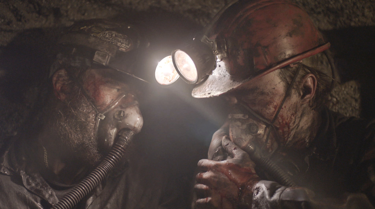 Mine 9 (2019) Online Subtitrat in Romana in HD 1080p