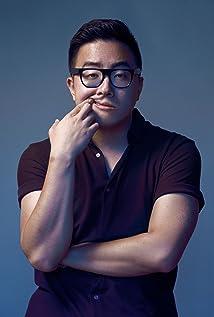 Bowen Yang Picture