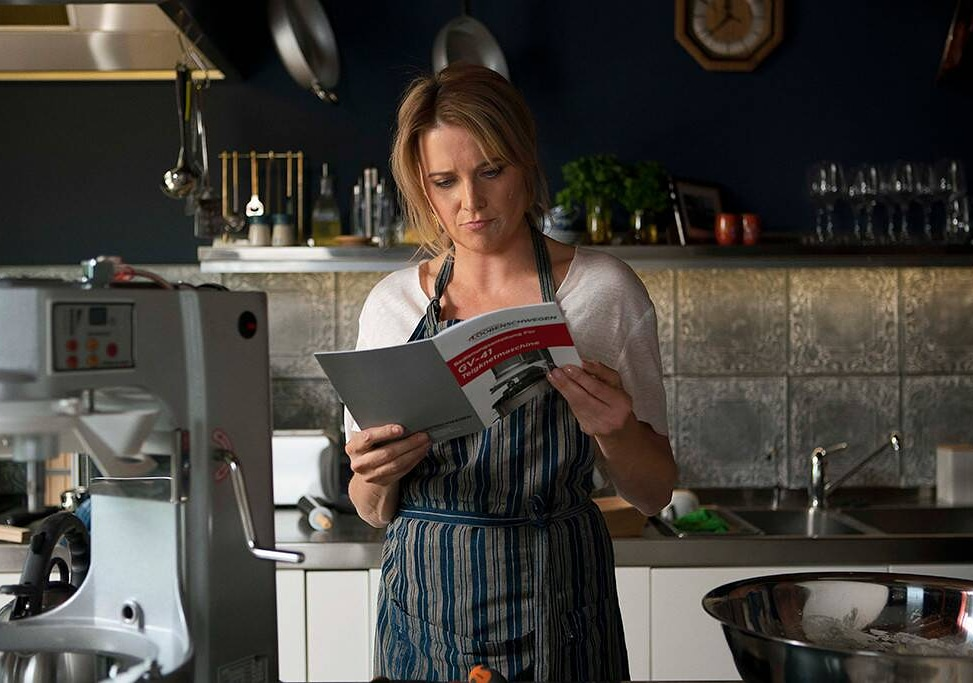 Lucy Lawless in My Life Is Murder (2019)