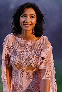 Aybüke Pusat Picture