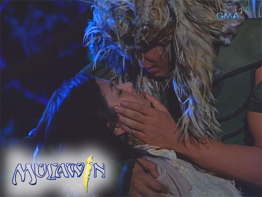 Richard Gutierrez and Angel Locsin in Mulawin (2004)