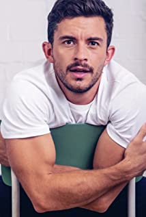 Jonathan Bailey Picture