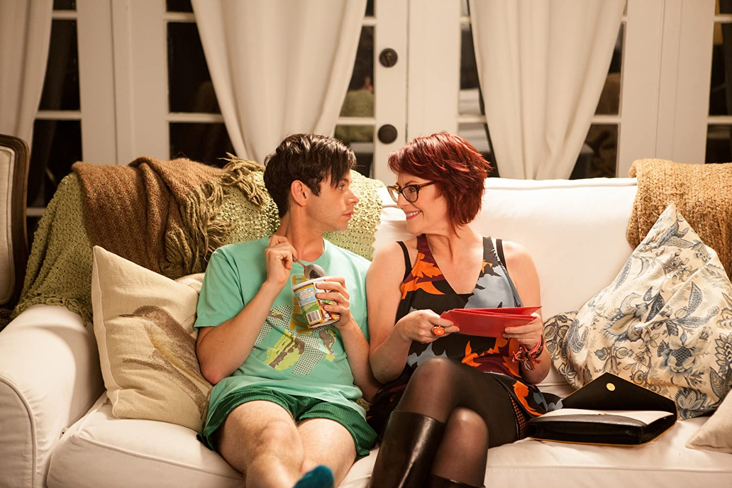 Exclusive: Megan Mullally on the GBF – Gay Best Friend