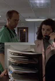 Anthony Edwards and Julianna Margulies in ER (1994)