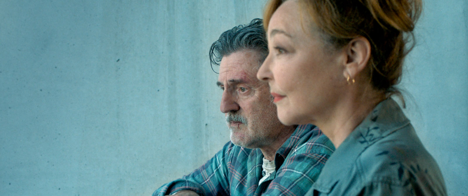 Daniel Auteuil and Catherine Frot in Qui m'aime me suive! (2019)
