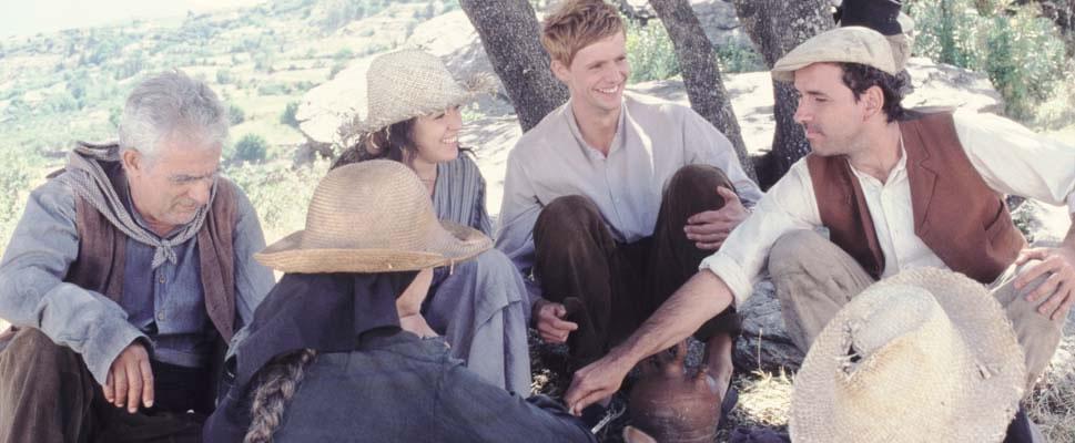 Matthew Goode, Verónica Sánchez, and Guillermo Toledo in Al sur de Granada (2003)