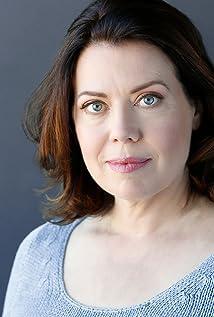 Laura Carson Picture