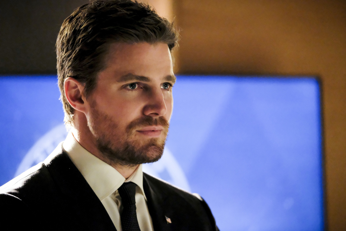 Communication on this topic: Kelly Rohrbach, stephen-amell/