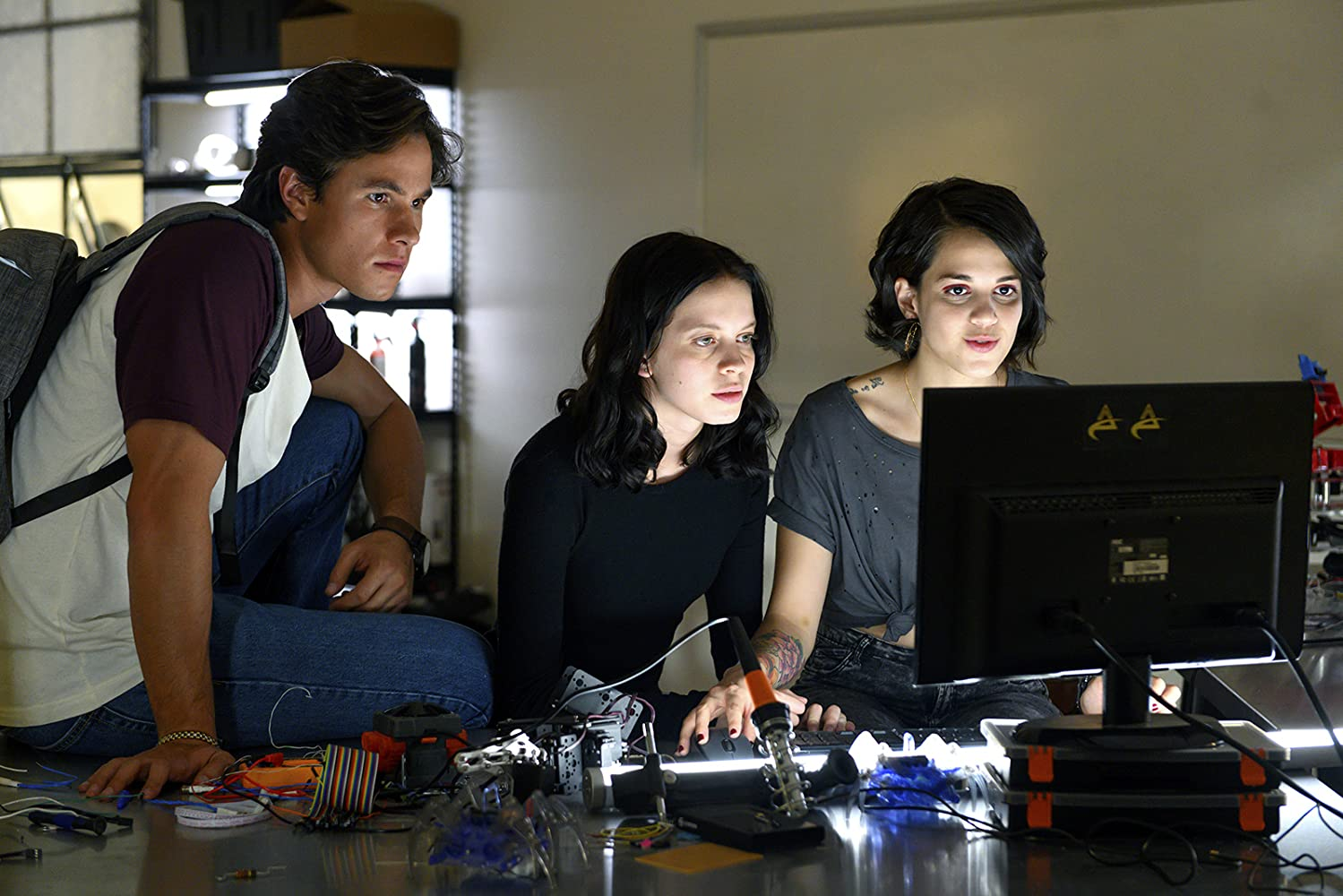 Control Z (2020) Serial Online Subtitrat in Romana
