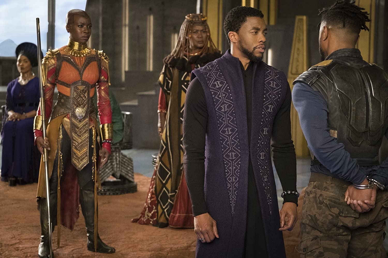 Angela Bassett, Connie Chiume, Michael B. Jordan, Chadwick Boseman, and Danai Gurira in Black Panther (2018)