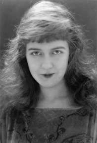 Primary photo for Dorothy Gish