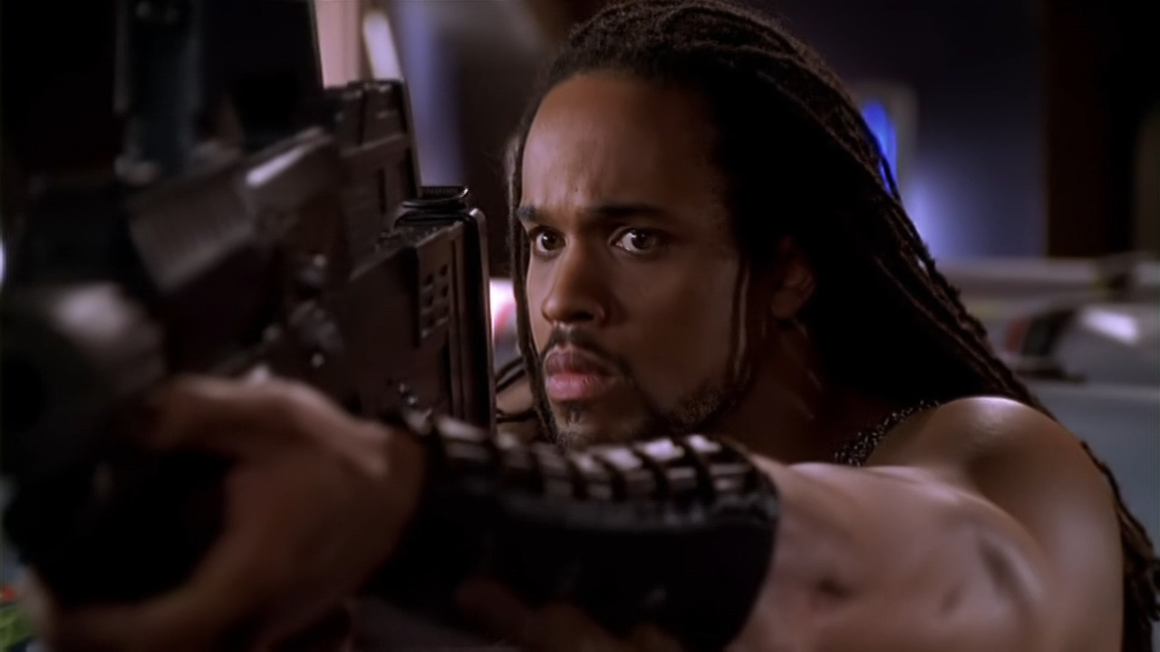 Keith Hamilton Cobb in Andromeda (2000)