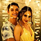 Cinta Laura Kiehl and Hunter Sansone in Drama Drama (2019)