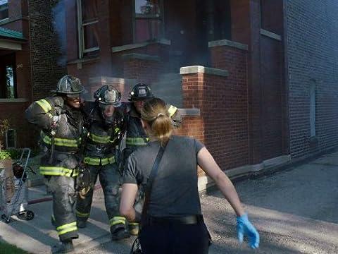 Chicago Fire 2×01 – Una casa problemática