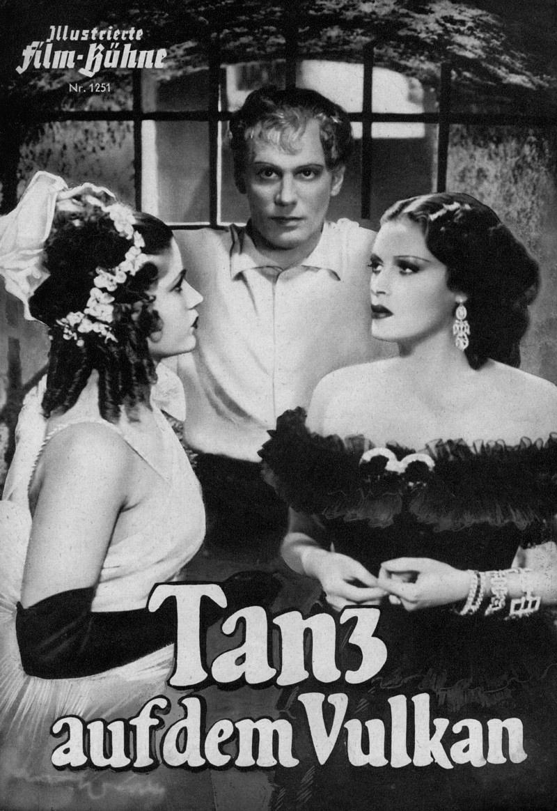 Gustaf Gründgens, Sybille Schmitz, and Gisela Uhlen in Tanz auf dem Vulkan (1938)