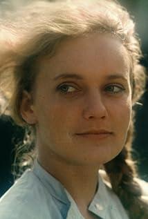 Maria Pakulnis Picture
