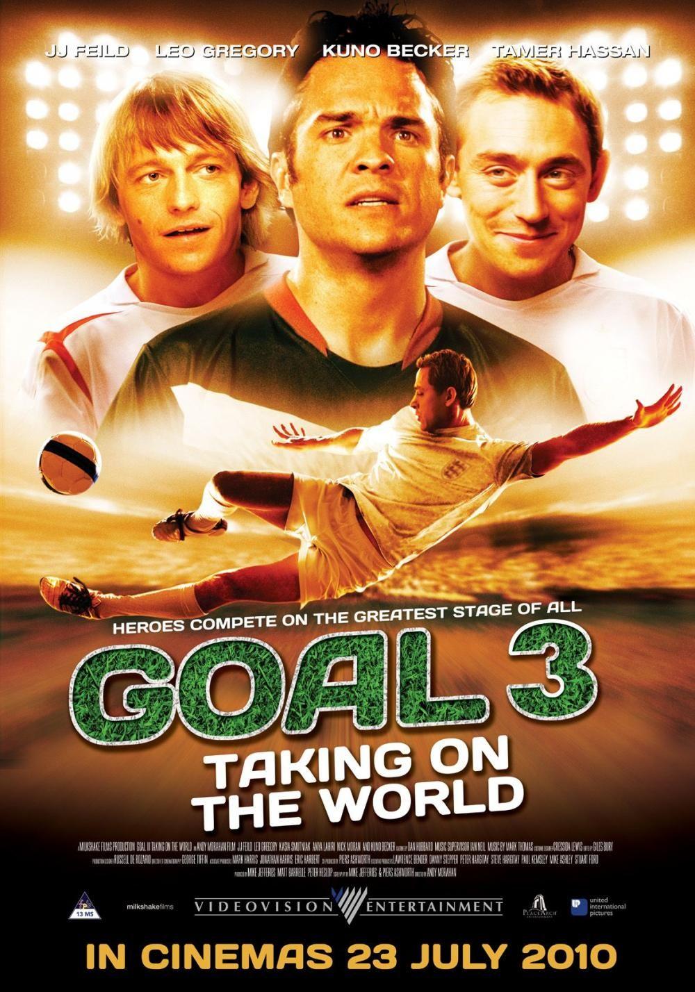 Kuno Becker and Stephen Nicholas in Goal! III (2009)