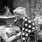 Pamfili Sadorinaiou and Aliki Vougiouklaki in Haroumenoi alites (1958)