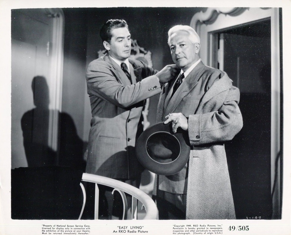 Victor Mature and Art Baker in Easy Living (1949)