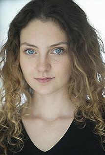 Elizabeth Dormer-Phillips Picture
