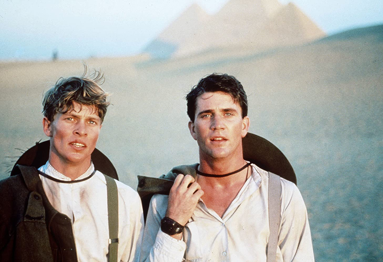 Mel Gibson and Mark Lee in Gallipoli (1981)