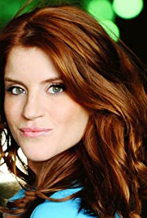 Elizabeth Bond Picture