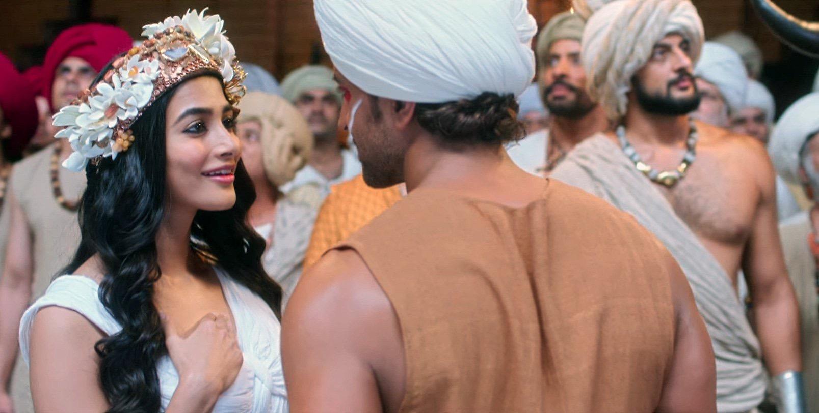 Hrithik Roshan, Arunoday Singh, and Pooja Hegde in Mohenjo Daro (2016)
