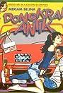 Dongkrak Antik (1982) Poster