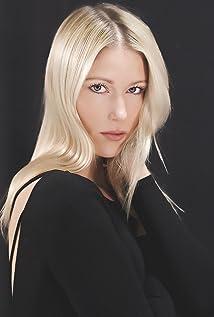 Jen Araki Picture
