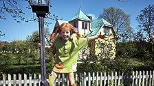 Pippi letar spöken och får besök av tjuvar