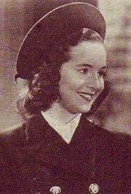 María Duval in Su primer baile (1942)