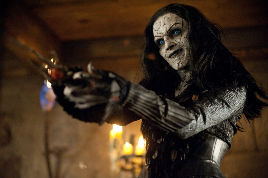 Hansel Gretel Witch Hunters 2013
