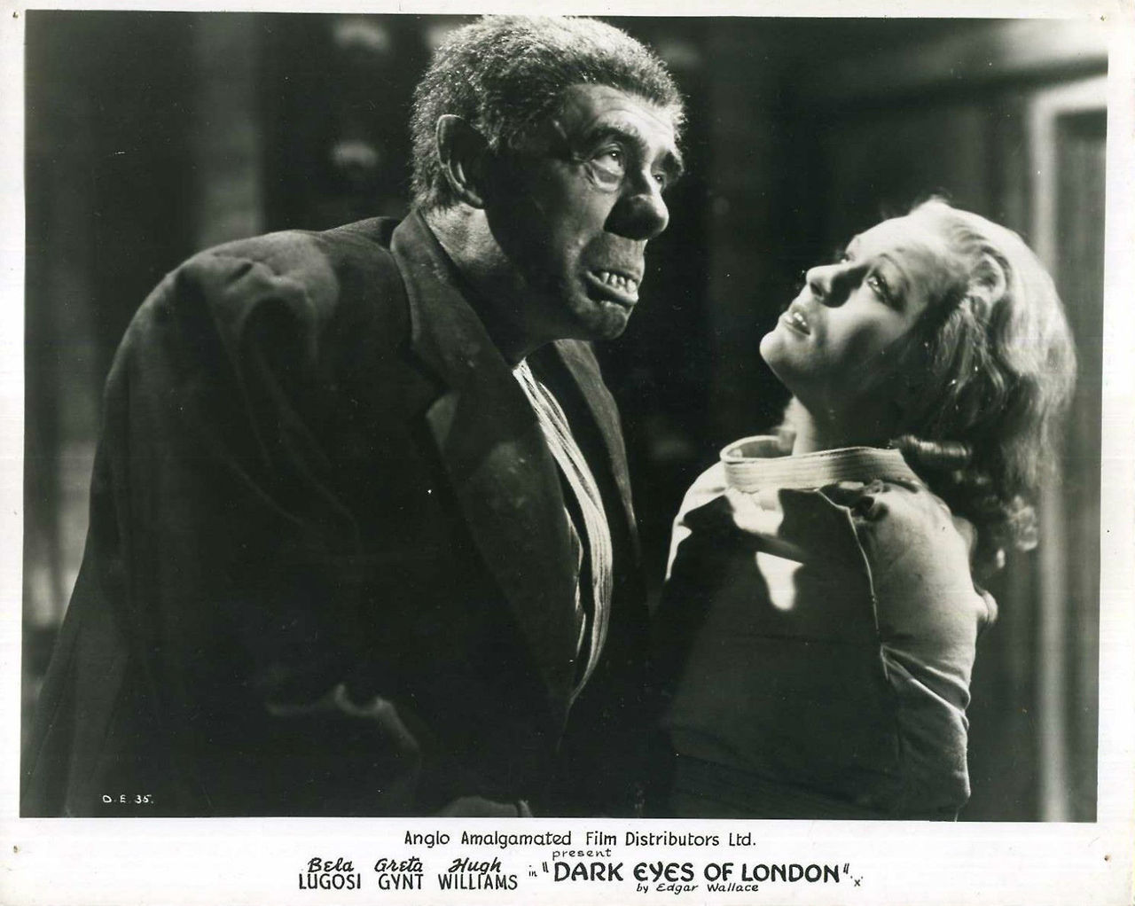 Greta Gynt and Wilfred Walter in The Dark Eyes of London (1939)