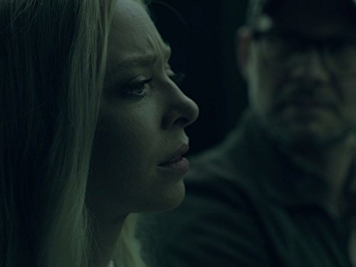 Christian Slater and Portia Doubleday in Mr. Robot (2015)