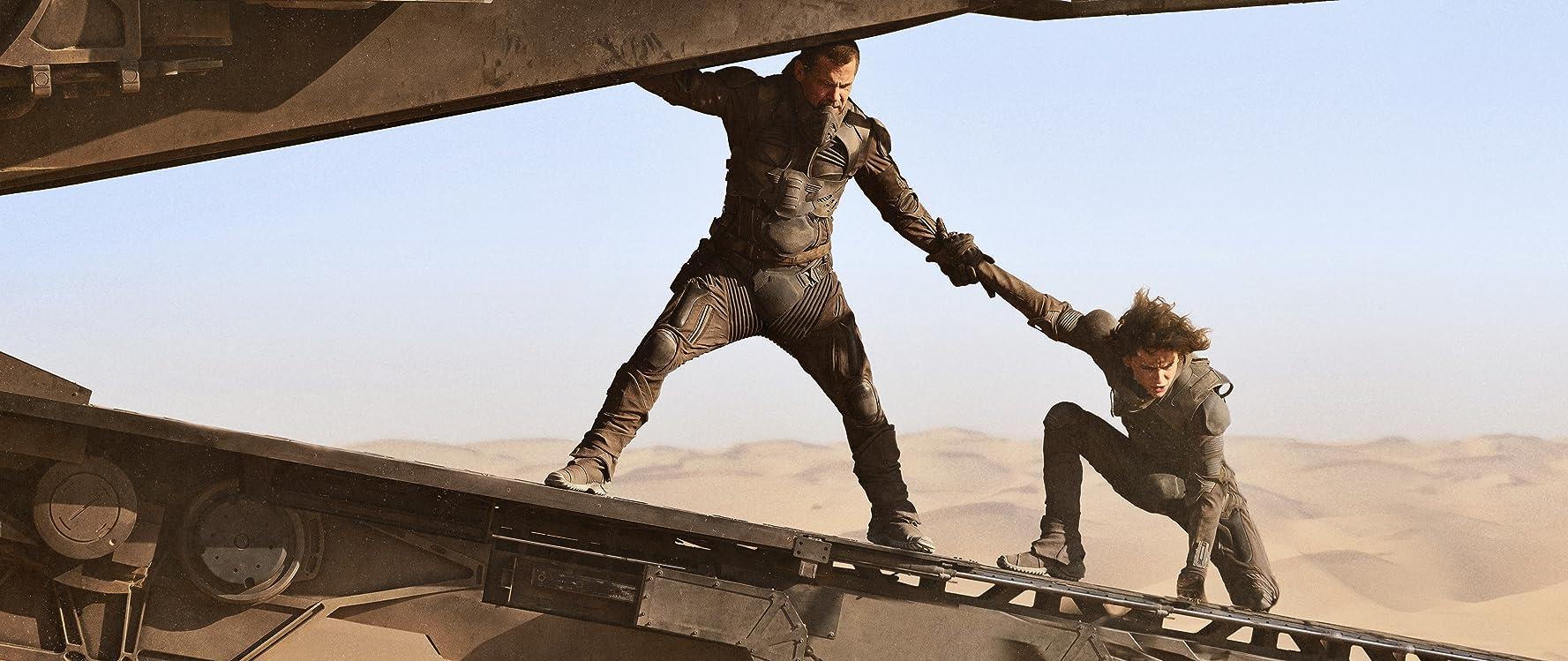Josh Brolin and Timothée Chalamet in Dune (2020)