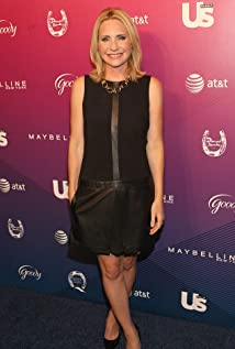 Andrea Canning Picture
