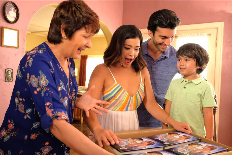 Jane the Virgin (2014) Online Subtitrat in Romana