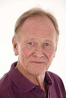 Douglas Fielding Picture