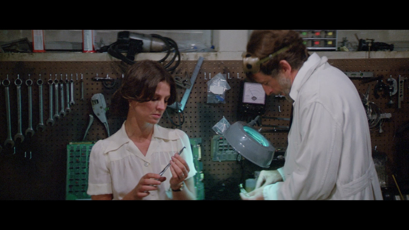 Julie Christie and Fritz Weaver in Demon Seed (1977)
