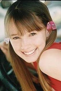 Zoe Keller Picture