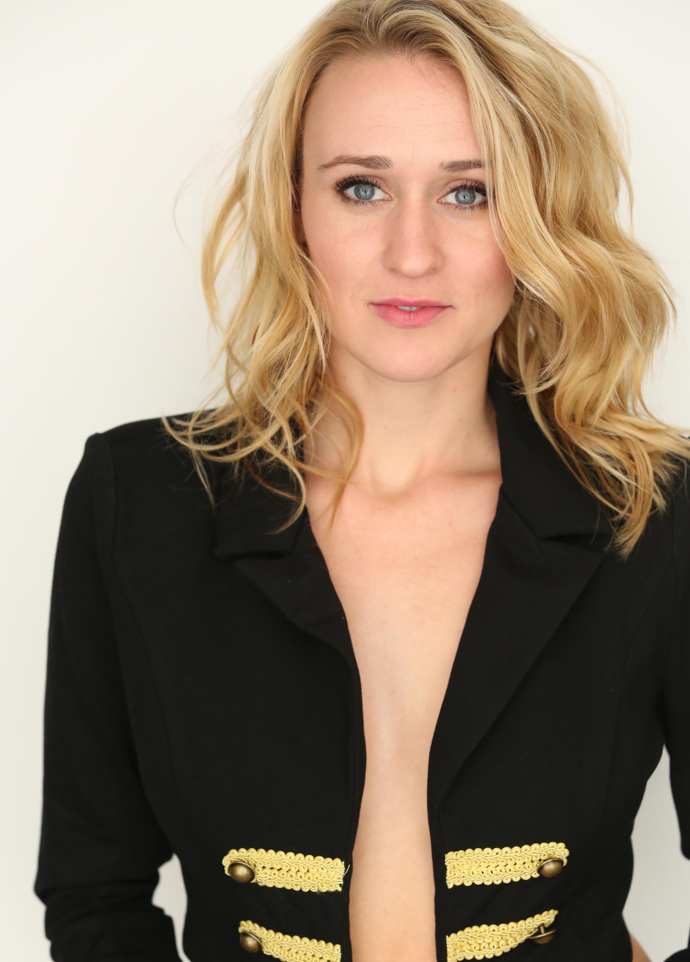 Ashley Dulaney Nude Photos 30